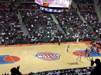 Milwaukee Bucks vs. Detroit Pistons Premium Pick 4/20/2019 - 4/20/2019 Free NBA Pick Against the Spread