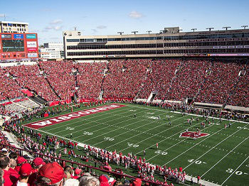 Wisconsin Badgers 2015 NCAAF Team Preview, Prediction, Betting Guide - 7/29/2015 Free NCAAF Analysis